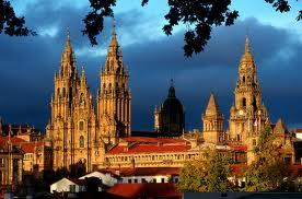 en komen na 2000km aan in Compostela.