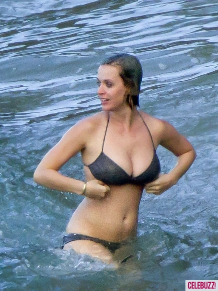 Katy Perry C L Bre No En Bikini Hawai