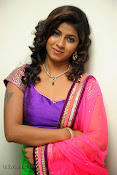 Geethanjali hot pics at Oka Roju Em Jarigindi-thumbnail-38