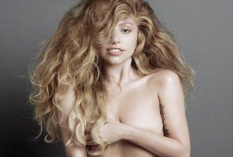 Γιατί η Lady Gaga είναι ΟΛΟΓΥΜΝΗ στο Instagram;