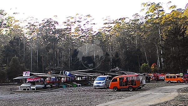 Kawah putih ciwidey bandung, Indonesia