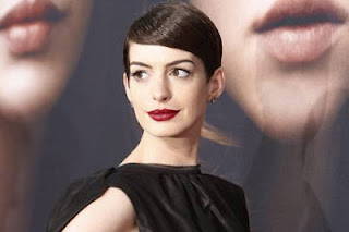 Anne Hathaway Breaking News