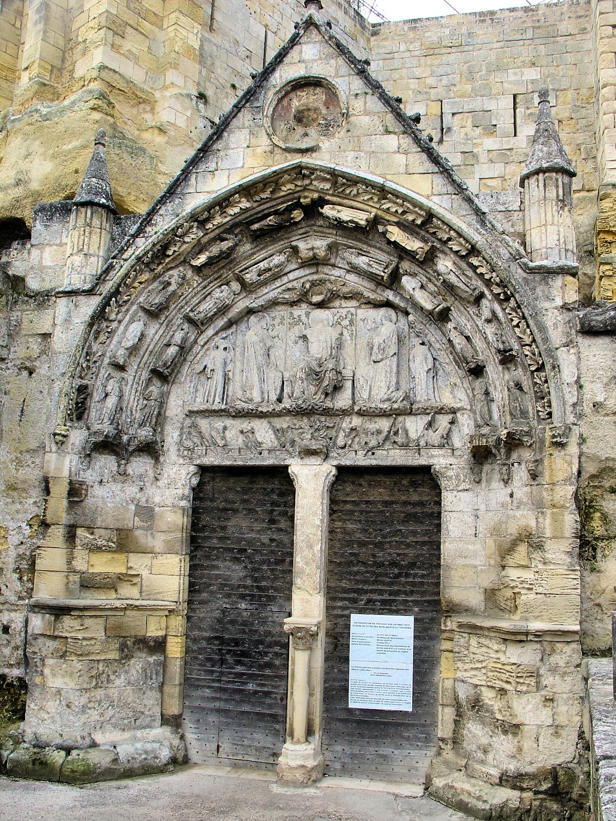 Close-up view of the Monolithic Church's portal.