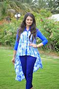 Nikitha Narayan glam pics-thumbnail-8