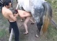 Puta Dando Pra Cavalo e pro Namorado