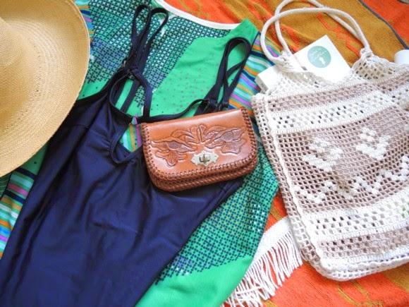 katiecrackernuts.blogspot.com    my dirty little op shop secret