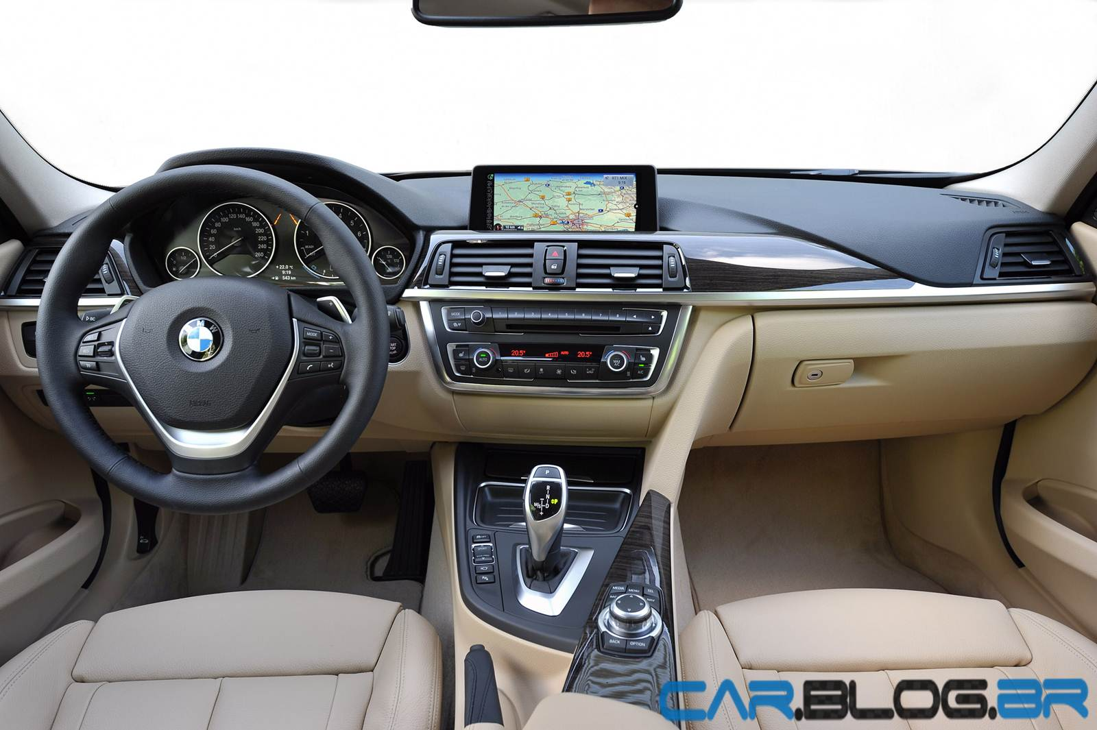 BMW_Touring_familiar_exterior_2 bwingr