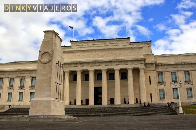 Auckland Museum. Puerta principal
