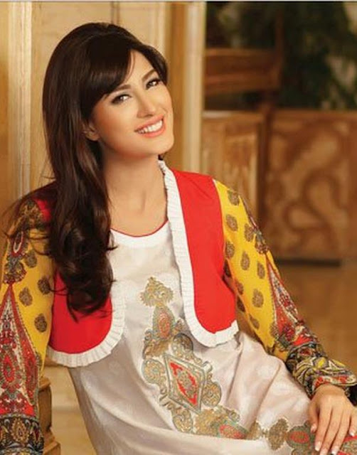 Beautiful Mehwish Hayat Wallpaper