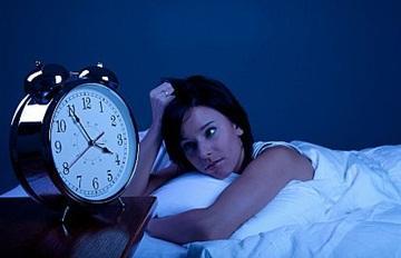 تعرفى على أنواع الأرق و طرق العلاج - مشاكل النوم اضطرابات