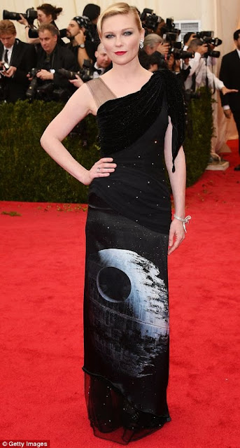 Kirsten Dunst wore Rodarte at the Met Gala 14.