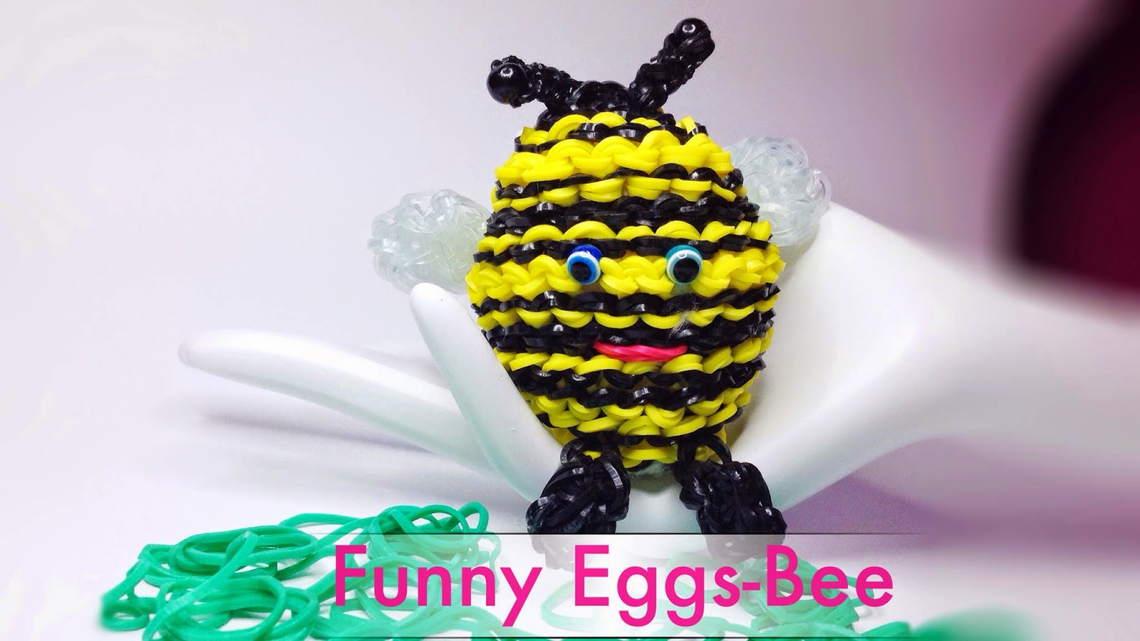 http://www.beauty-kuema.de/2015/03/rainbow-loom-funny-eggs-biene-bee.html