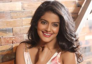 Vishakha Singh to play the role of a ghost