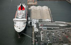 Brooklyn Cruise Terminal and Queen Mary 2