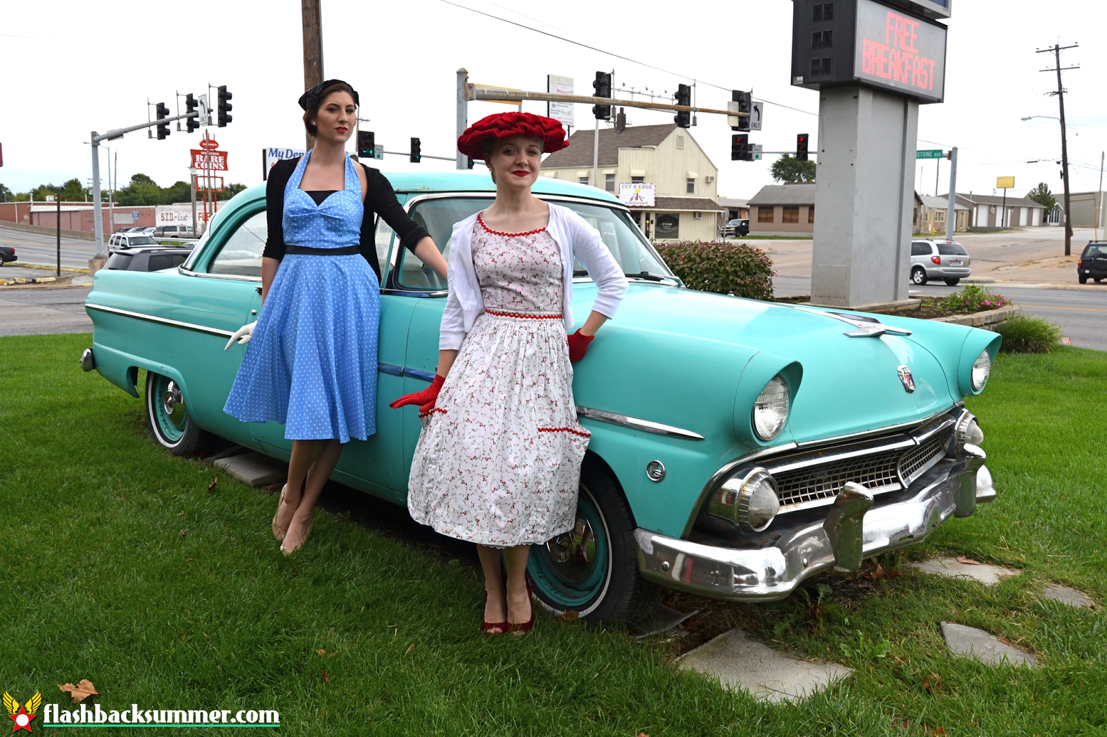 Flashback Summer: 1950s Hotel Photo Shoot - Best Western Route 66 Rail Haven, Elvis Motel