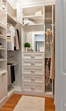 Samll closet - makeup