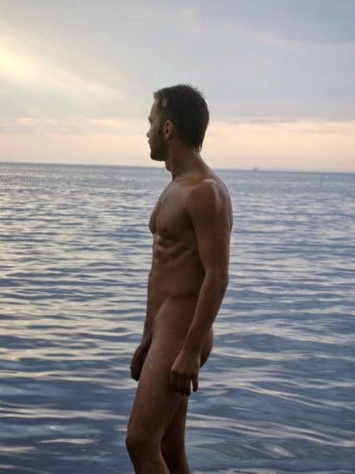 PISCINA GAY - VDEOS PORNO GAY DE PISCINA GRATIS