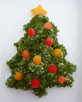 http://happierthanapiginmud.blogspot.com/2015/11/how-to-make-christmas-tree-shaped-ham.html