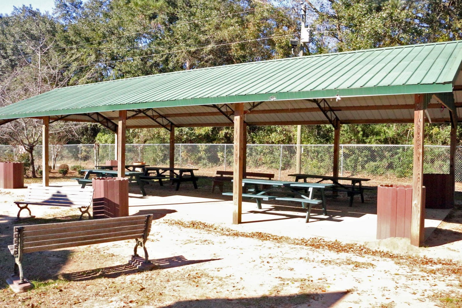 Picnic area at Benny Russell Park in Pace, FL 32571
