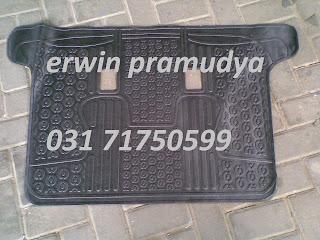 Toyota Innova Karpet Set Karet