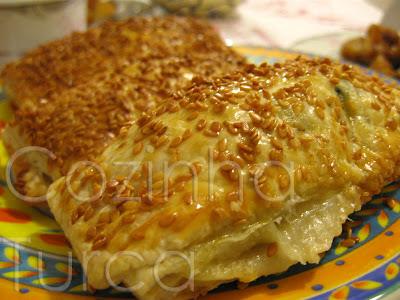 Folhados de Acelgas e Kaşar (Pazılı Milföy Börek)