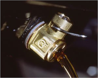 Engine Oil Drain Valve, Caterpillar Engine