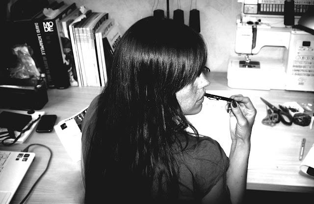 crayon à la bouche