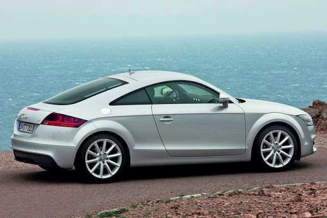 2011 Audi TT Coupe Back Exterior