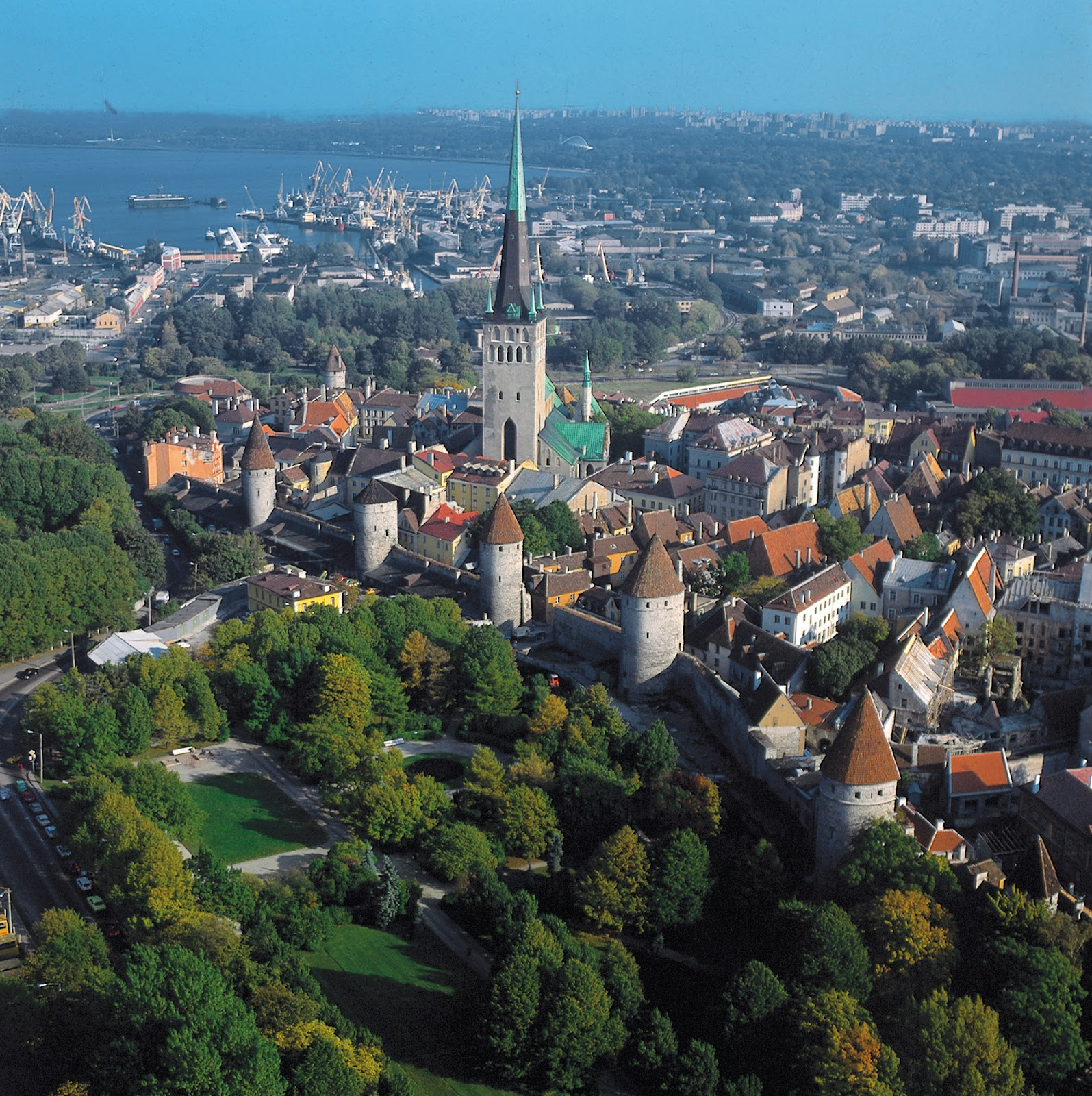 tallinn.jpg (15951600)