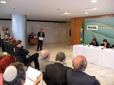 Pr. Daniel Vieira, discursando em Brasília