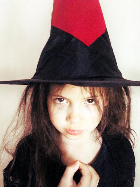 Mundo manuela disfraz de halloween casero bruja de - Disfraz halloween casero ...