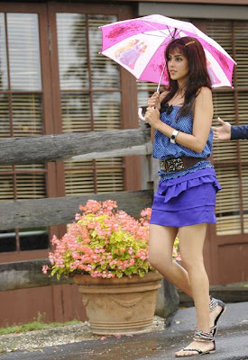 Genelia Look Hot in Blue Skirt