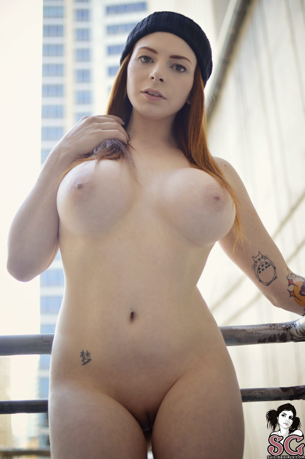 nude images of suicide girls