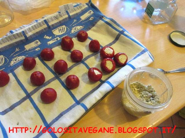 aglio, alghe, aperitivo, capperi, cipolle, Conserve, peperoncino, ricette vegan, sale affumicato, sott'olio, tofu,