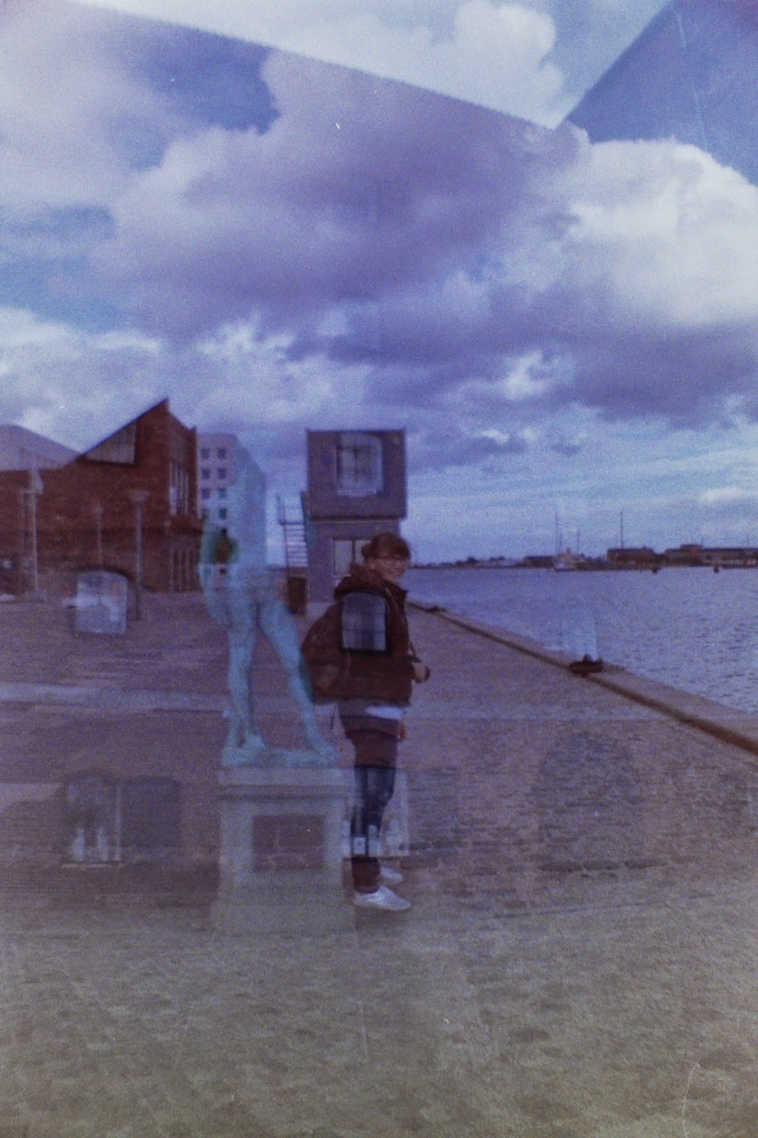 Doppelbelichtung: Anna und David in Kopenhagen (Film: DM ISO 400 Kamera: La Sardina)