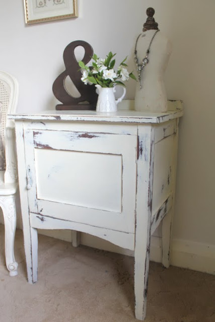 Lilyfield Life painted furniture shabby chippy vintage cabinet