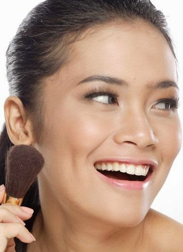 Tips dan Tutorial Cara Bermake up Natural dan Minimalis