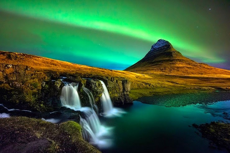 Iceland Northern Lights Tour March