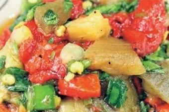 Biberli patlıcan salatası Tarifi Kolay Yapımı