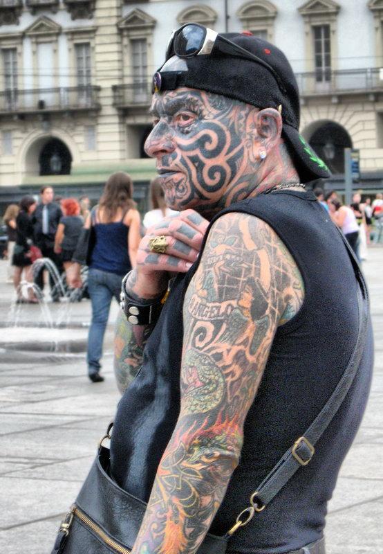Его зовут Анжело самый знаменитый панк Турина