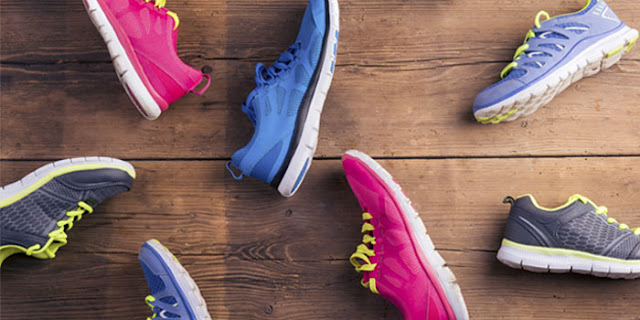 Wondering what kind of shoe to buy for you fitness program? Learn how the right kind of shoe can help you prevent injury and get the most out of your workout .