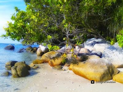 salah satu sudut keindahan pantai di pulau berhala