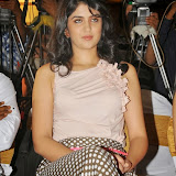 actress-deeksha-seth-pictures-8