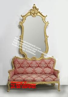 Toko mebel jati klasik jepara,sofa cat duco jepara furniture mebel duco jepara jual sofa set ruang tamu ukir sofa tamu klasik sofa tamu jati sofa tamu classic cat duco mebel jati duco jepara SFTM-44091
