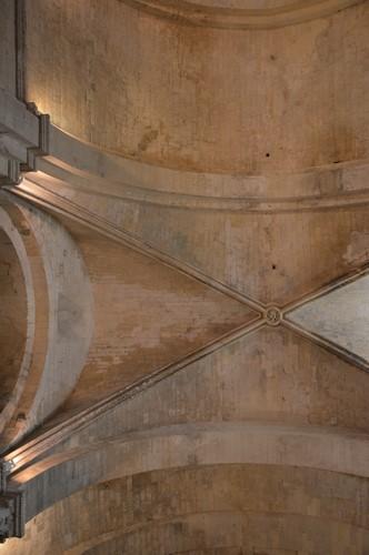 4 Eglise Haute - Abbaye de Montmajour