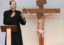 Assista Alguns Vídeos do PADRE Paulo Ricardo no youtube - CLIQUE ABAIXO :