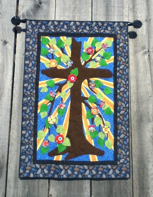 https://www.etsy.com/listing/119845160/tree-of-life-quilt-wall-hanging?ref=shop_home_active