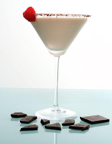 Yummy Cocktails: Raspberry Chocolate Cheesecake Martini