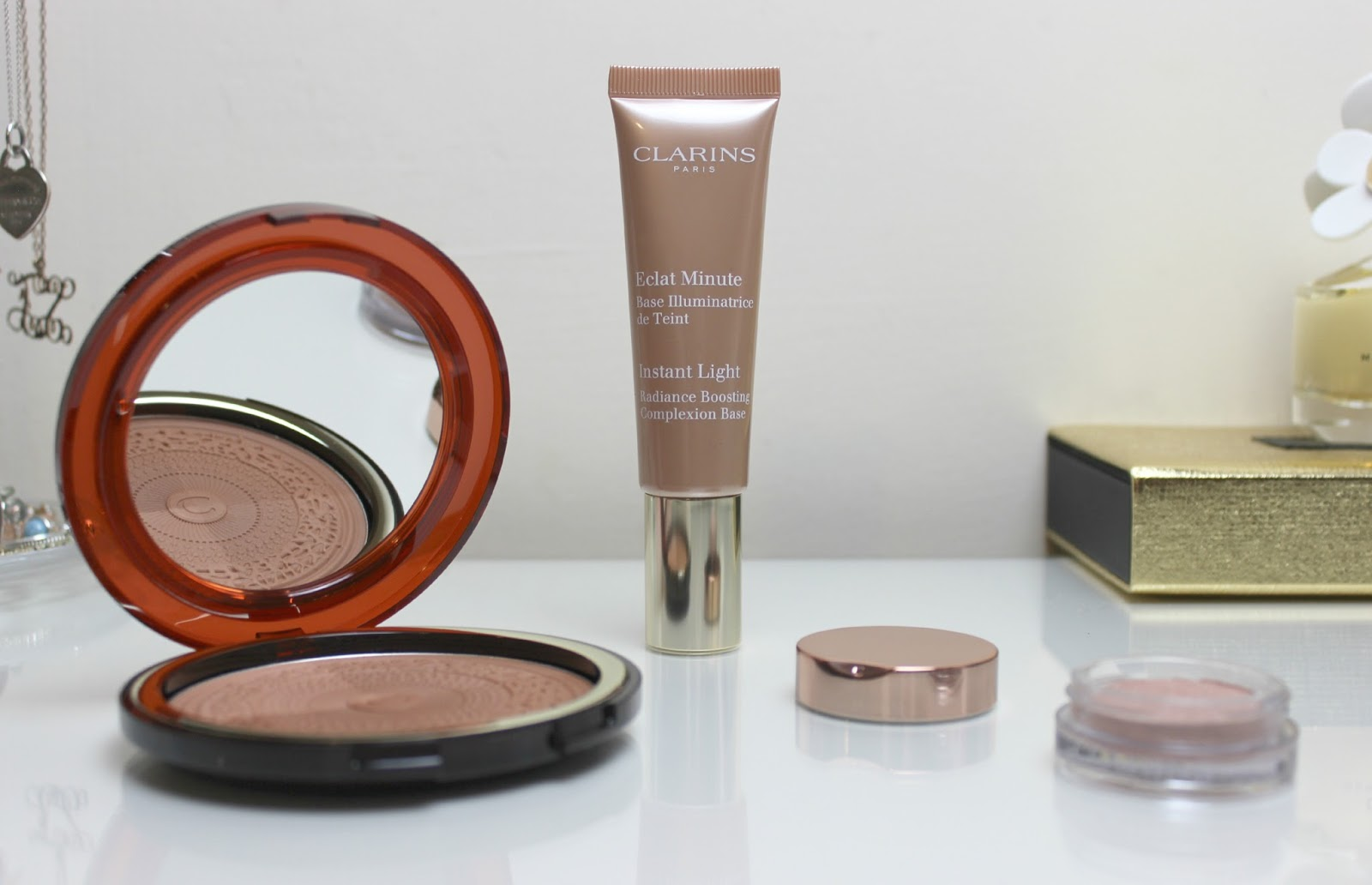 A picture of Clarins Aquatic Treasures Summer Collection 2015