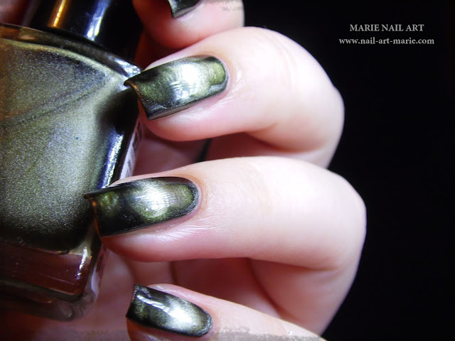 Nail Art Into The Woods2